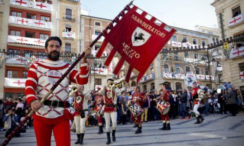 Grande successo ad Alcoi  (ES) e – contemporaneamente – ad Arezzo